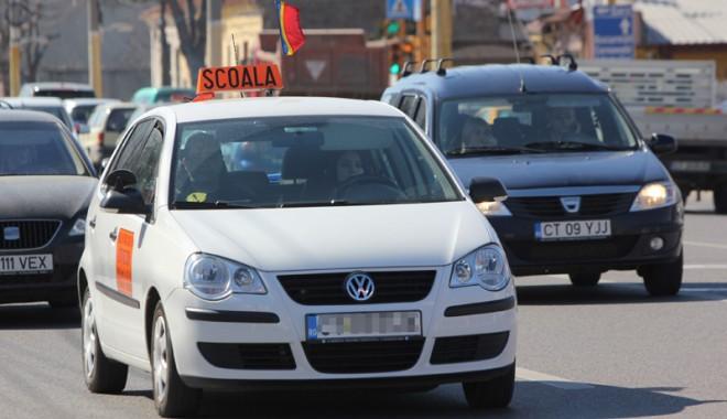 Foto: SCHIMBĂRI MAJORE / Iată cum se va da EXAMENUL AUTO