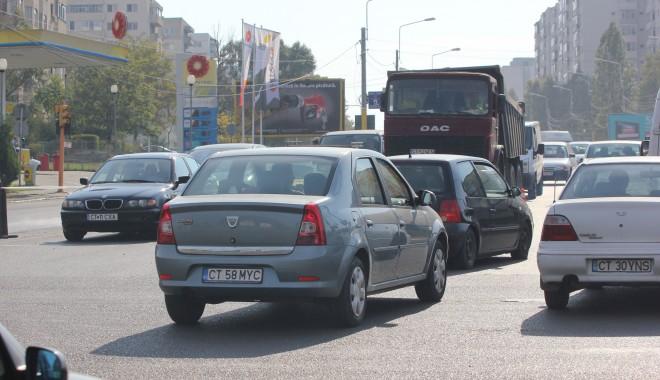 Foto: Avarie RAJA. Circulația autovehiculelor este blocată pe două străzi din Constanţa