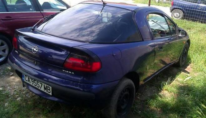 Foto: Maşini bulgăreşti cu ITP fals, descoperite la Ostrov