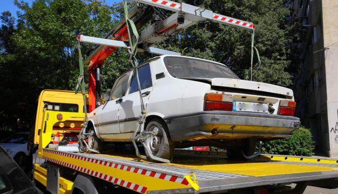 Maşinile abandonate, ridicate de pe domeniul public din Constanţa - masinileabandonate-1606389951.jpg