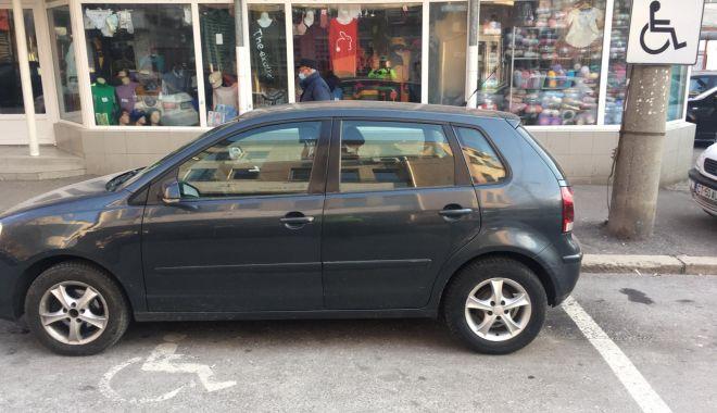 Maşinile parcate pe locurile pentru persoanele cu dizabilităţi, ridicate de Poliţia Locală - masinileparcate-1611656074.jpg
