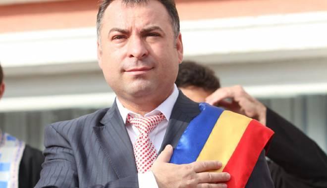 Foto: Ce surpriză a pregătit primarul Nicolae Matei pentru nevoiaşi