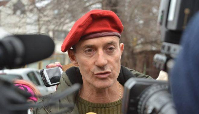 A EVADAT Radu Mazăre din închisoarea din Madagascar? - mazare-1558111299.jpg