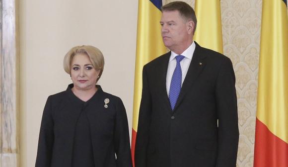 """Foto: Viorica Dăncilă: """"Aşteptăm motivarea preşedintelui pentru respingerea miniştrilor"""""""