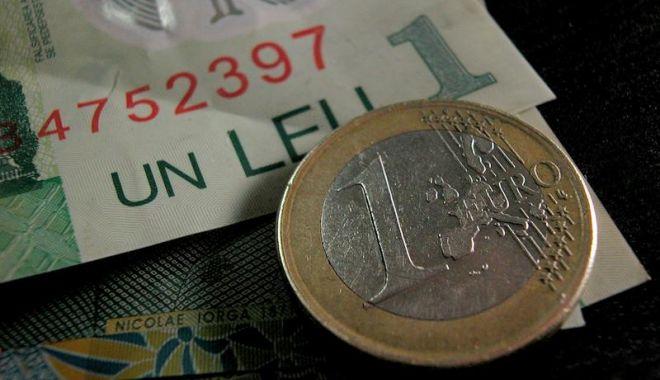 Prăbuşirea leului continuă: euro se apropie de pragul de 4,68 lei - mczoyxnoptllntbmowu1ytzmytk5ntm1-1547121400.jpg