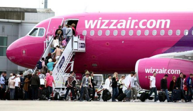 Foto: La un pas de o TRAGEDIE AVIATICĂ. Zeci de ROMÂNI au trăit clipe de spaimă. Ce spune Wizz Air
