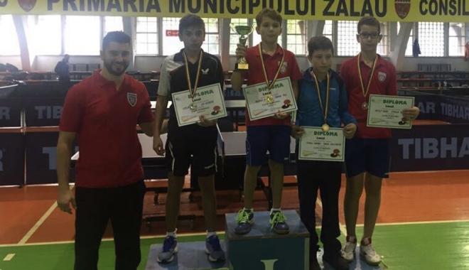 Foto: Medalie de bronz pentru CS Farul, la Cupa României