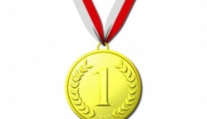 Foto: O nouă medalie de aur la o participare internaţională