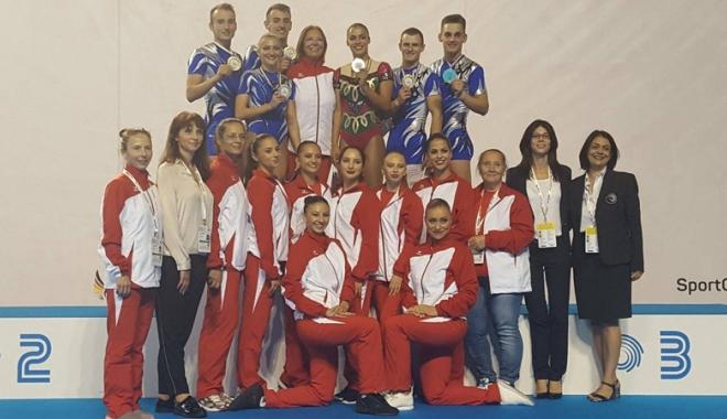 """Foto: Medalii europene pentru """"aerobicii"""" de la CS Farul"""
