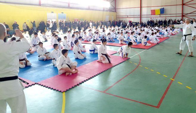 Foto: Medalii pentru sportivii din Eforie Nord, la Karate Tradiţional