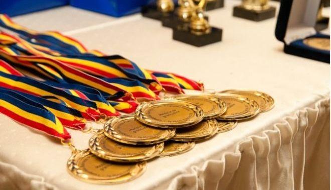 Foto: Palmares bogat pentru elevii constănţeni, la olimpiadele naţionale