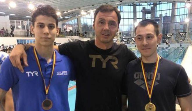 Foto: Medalii pentru înotul constănţean, la Naţionalele de la Bacău