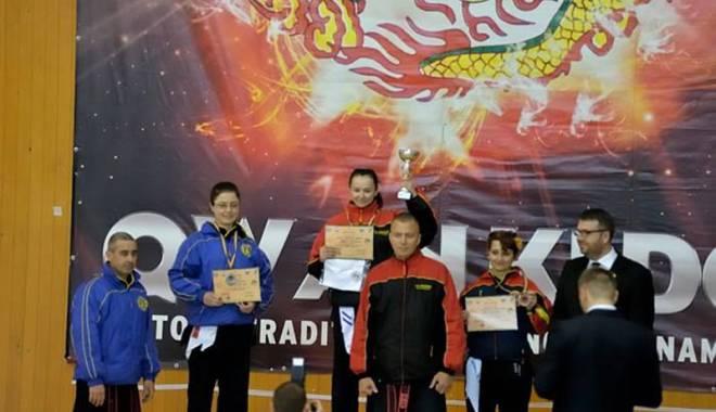 Foto: Galerie foto. Medalii de aur pentru sportivii  de qwan ki do din Constanţa