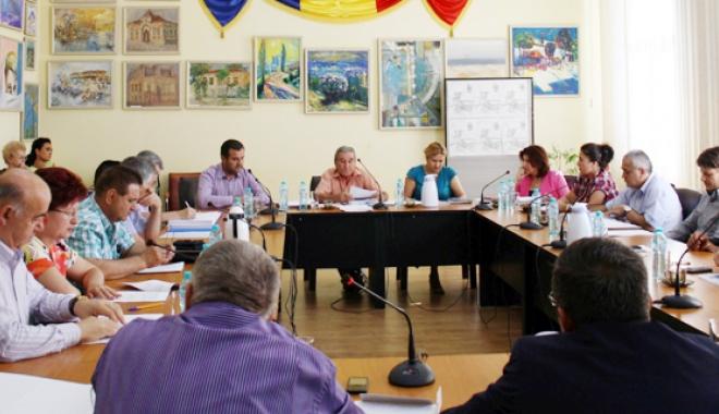 Foto: Medgidia - a fost aprobată lista  de priorităţi pentru locuinţele ANL