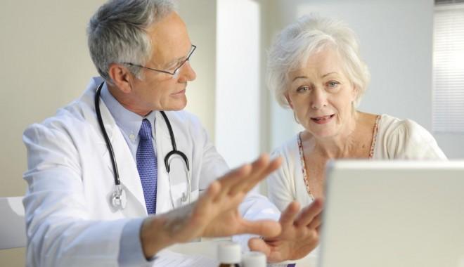 """Foto: Medicii de familie: """"verificarea veniturilor pacienţilor nu intră în atribuţiile noastre!"""""""