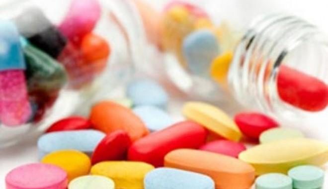 Foto: Lista medicamentelor de care beneficiază asiguraţii s-ar putea actualiza la şase luni