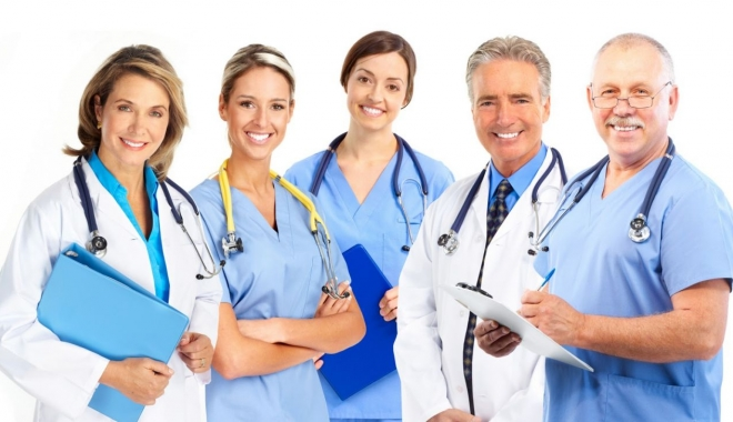 """Foto: """"A trata medicii cu indiferenţă înseamnă a risca să-i pierdem"""""""