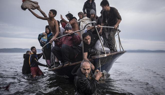 Foto: Meleșcanu a făcut o ofertă pentru relocarea în România  a 1.942 de refugiați