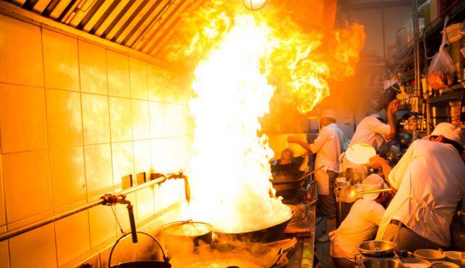 Foto: Meniul zilei incendiar