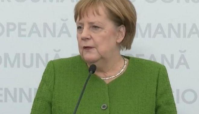 """Foto: Angela Merkel, la Sibiu: """"Am dovedit că în situații de criză ne ajutăm unii pe alții"""""""