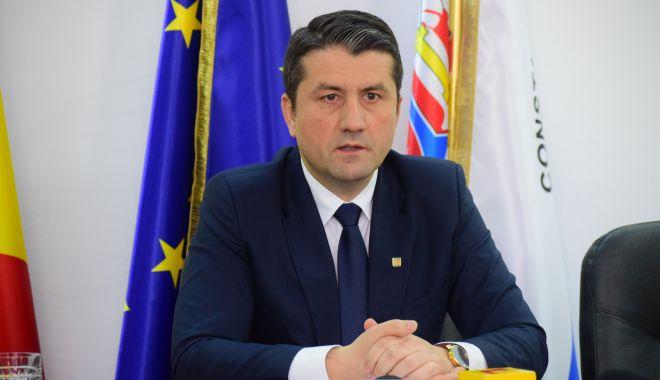"""Foto: Mesajul primarului Decebal Făgădău: """"Îi felicit pe câștigători"""""""