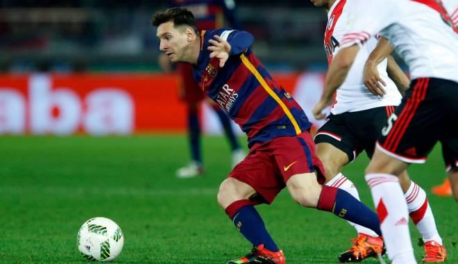 Foto: Fotbal: Messi, desemnat cel mai bun fotbalist al anului la Globe Soccer Awards