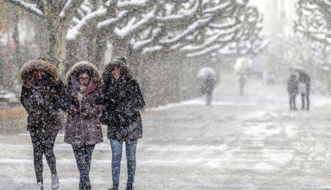 Foto: Veşti proaste de la meteorologi. 14 ore de cod portocaliu de ninsori puternic viscolite, astăzi, la Constanţa