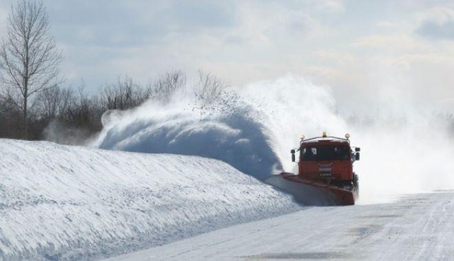 Foto: ALERTĂ METEO! Vânt puternic şi ninsori, de miercuri dimineaţă
