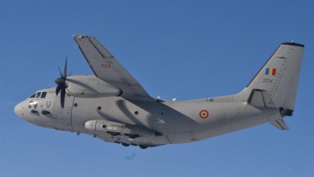 Foto: Un bărbat român cu arsuri grave este transportat la un spital din Belgia cu o aeronavă C-27J Spartan