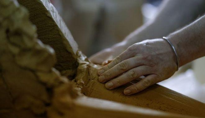 Foto: Mână de artist! De la taberele de ceramică, la opere monumentale