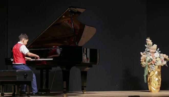 """Micii pianişti, premiaţi la Concursul Naţional """"Piano Art"""" - miciipianisti3-1560284605.jpg"""