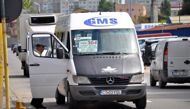 """Foto: Microbuzele GMS (linia 304) nu au ieşit, astăzi, pe traseu. """"Ştiu că urma să expire nişte avize…"""""""