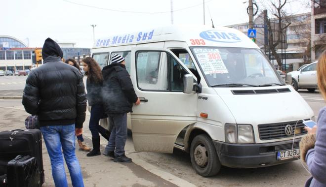 Foto: Microbuzele maxi-taxi din Constanţa -  ne trebuie o tragedie ca Primăria să aplice legea?