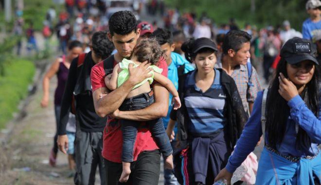 """Foto: """"Migranții nemulțumiți de condițiile de detenție ar trebui să rămână acasă"""""""
