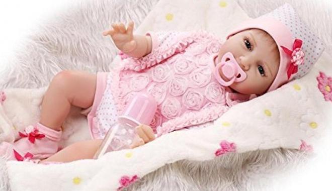 Foto: Apel umanitar! O fetiţă din Constanţa riscă să moară, dacă nu este operată  de urgenţă