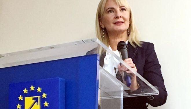 Foto: Femeile liberale din Constanța și-au ales liderul. Mihaela Antoanela Scrieciu,  noul președinte