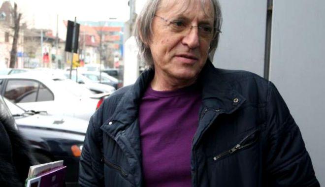 Foto: Mihai Constantinescu a suferit un stop cardio-respirator. Artistul se află în stare critică