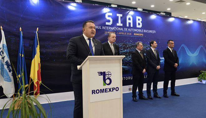 Foto: Mihai Daraban a deschis Salonul Internațional de Automobile București