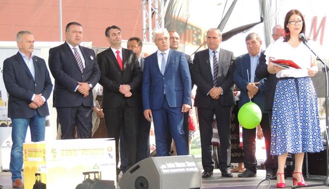 Foto: Preşedintele CCIR, Mihai Daraban, a participat la deschiderea Târgului Internaţional AGRO Piteşti