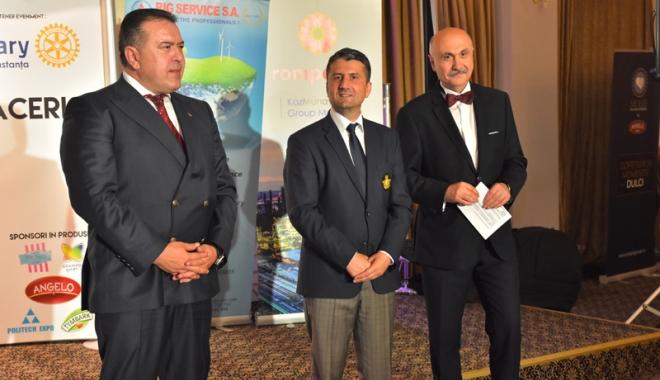 Mihai Daraban şi Decebal Făgădău pledează pentru solidaritate - mihaidarabandecebalfagadaupledea-1466182227.jpg