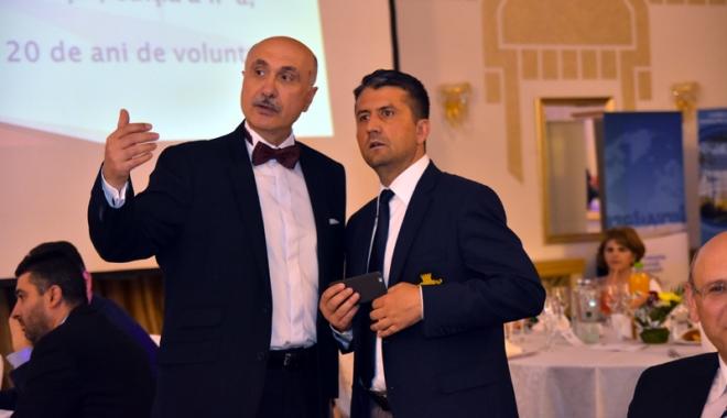 Mihai Daraban şi Decebal Făgădău pledează pentru solidaritate - mihaidarabandecebalfagadaupledea-1466182680.jpg