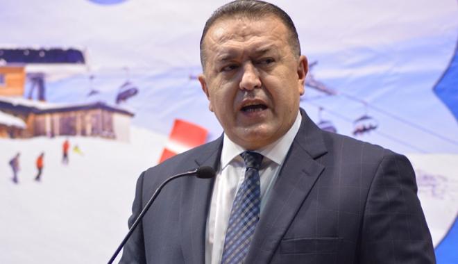 Mihai Daraban a deschis oficial Târgul de Turism al României - mihaidarabantarg1-1510855207.jpg