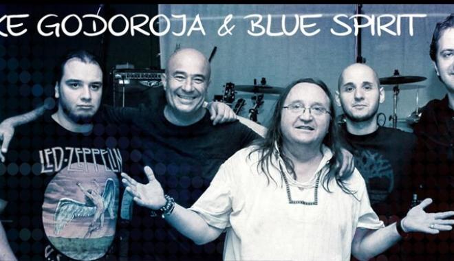 Foto: Mike Godoroja& Blue Spirit, live la Constanţa