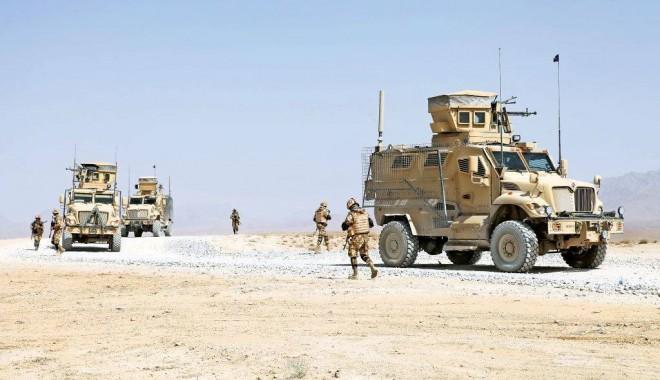 Foto: Baza din Kandahar a fost atacată cu rachete. Oficialii români au fost evacuați