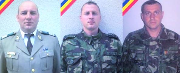 Foto: Cei trei militari morţi în Argeş, înmormântaţi cu onoruri militare