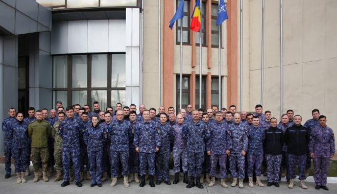 56 de militari, certificați ca instructori - evaluatori de bord - militari-1580335363.jpg
