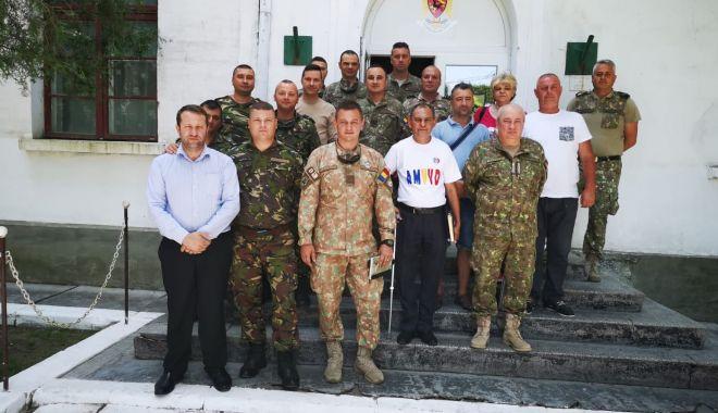Foto: Veteranii AMVVD au vizitat unităţile militare din Garnizoana Medgidia
