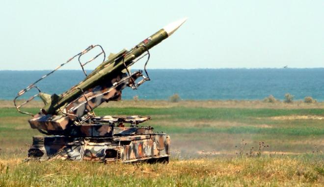 Foto: Militarii americani şi români au luat cu asalt Capul Midia
