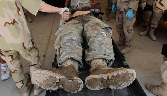 Foto: Atac mortal la o bază militară  a trupelor internaţionale din Afganistan