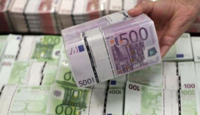 LOVITURĂ PENTRU ROMÂNII CARE LUCREAZĂ ÎN STRĂINĂTATE! Ce se va întâmpla cu banii pe care-i trimit în țară